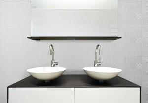 B798-03 - Frost Bathroom