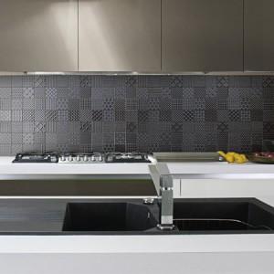 B798-17 - Ebony Kitchen