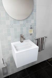 B798-70 - Sky Bathroom